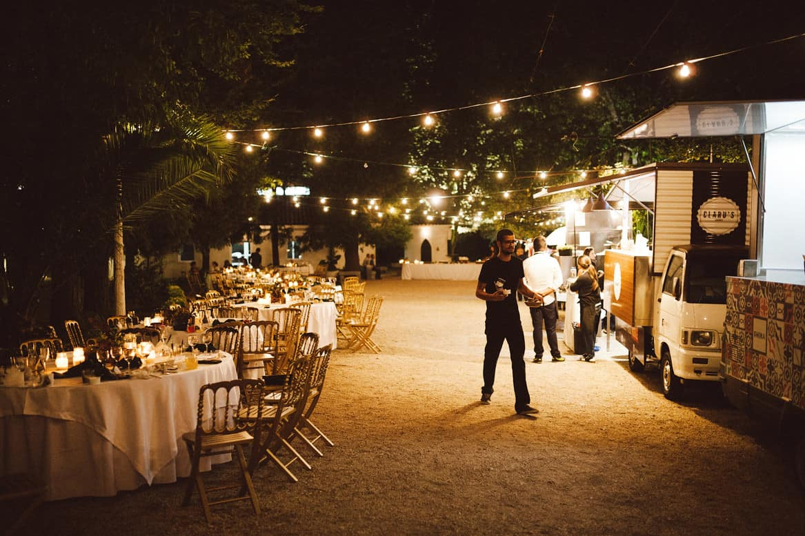 Food truck wedding in gers by fotografamos joana and tiago wedding food truck wedding junglespirit