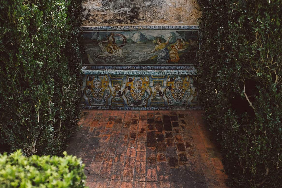 hand painted tile details at quinta da bacalhoa wedding venue