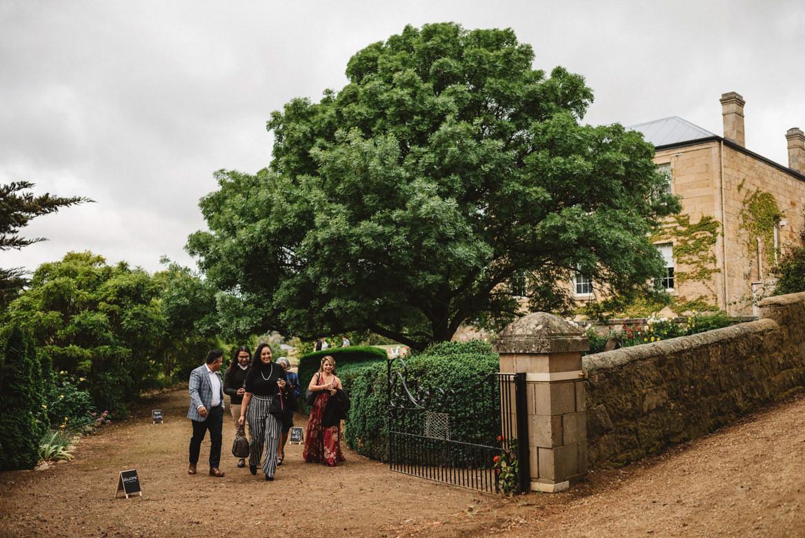 tasmania wedding photographer pooley wines wedding venue