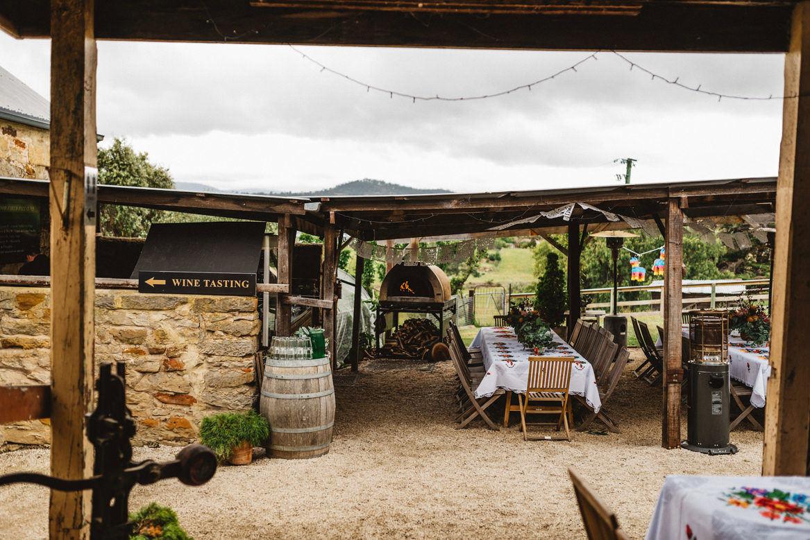 tasmania wedding photographer pooley wines pizza oven