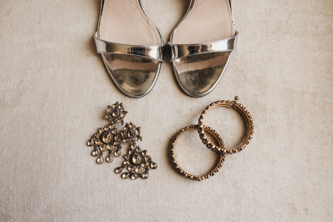 bride's acessories